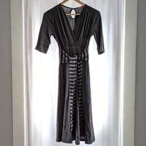 Gorgeous NWT black/gray striped maternity dress